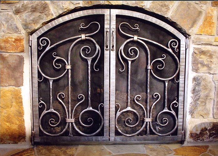 - Rehme Custom Iron Works - Fireplace Screens